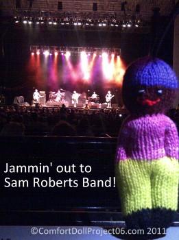 ComfortDollStage.sam roberts band