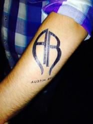 Austin Belle fan tattoo